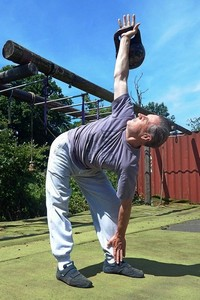 Performing Kettlebell Training with the Kettlebell Windmill Exercise